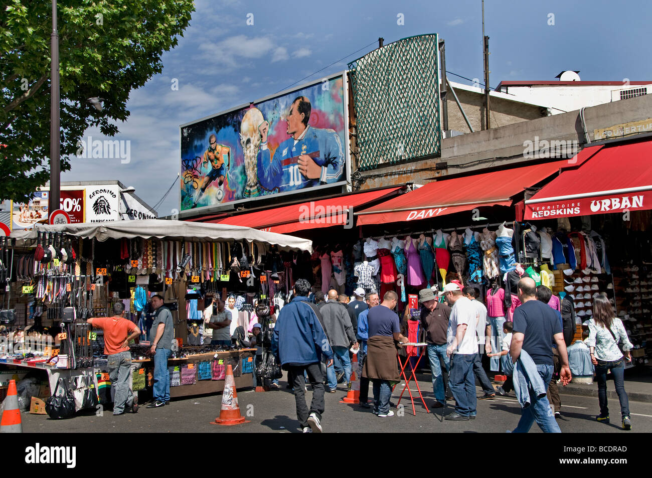 marche aux puces de saint ouen flea market paris stock photo 24889941 alamy. Black Bedroom Furniture Sets. Home Design Ideas