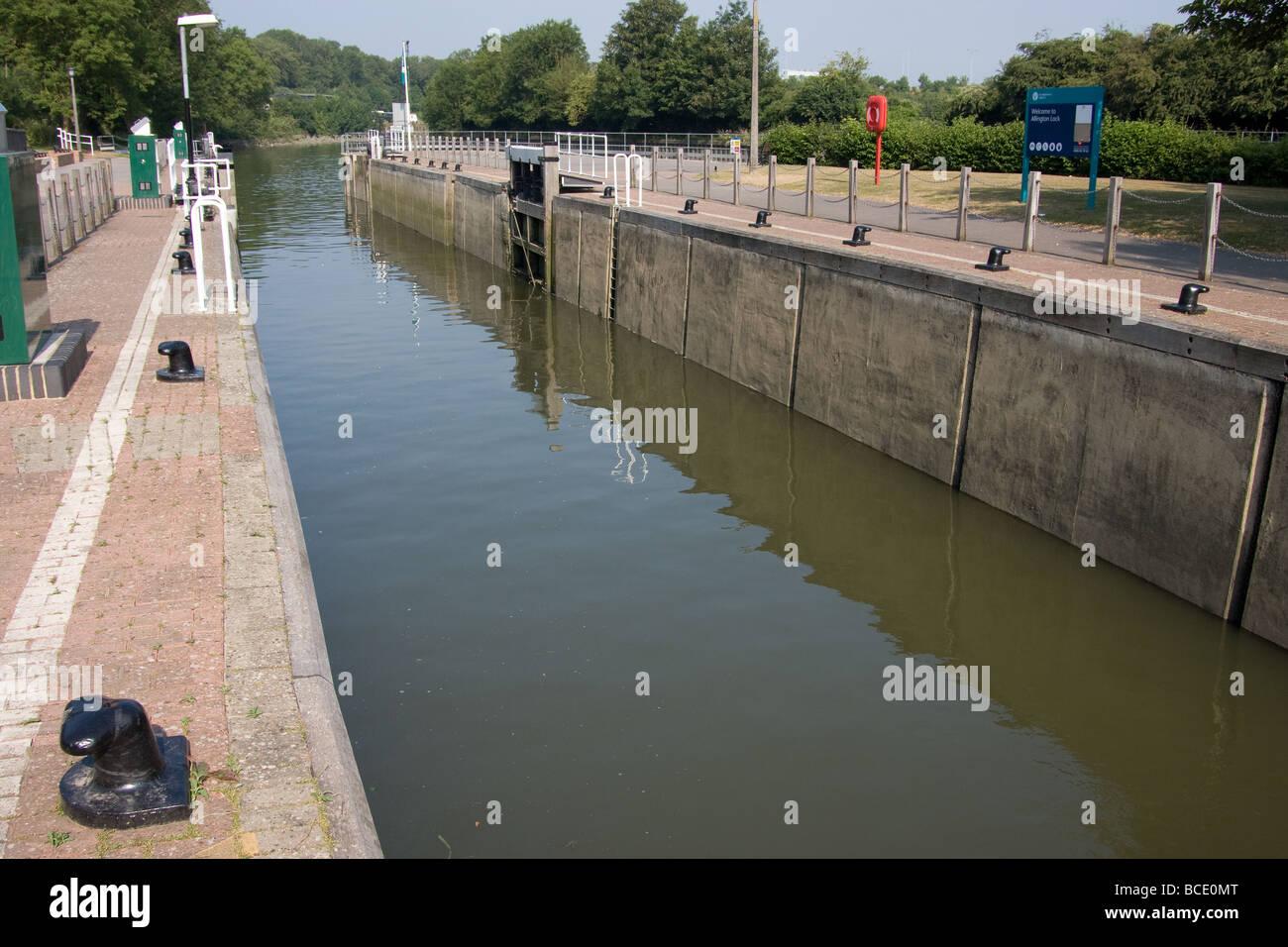 open lock chamber modernised placid river wall  Allington Lock River Medway Maidstone Kent England UK eUROPE - Stock Image