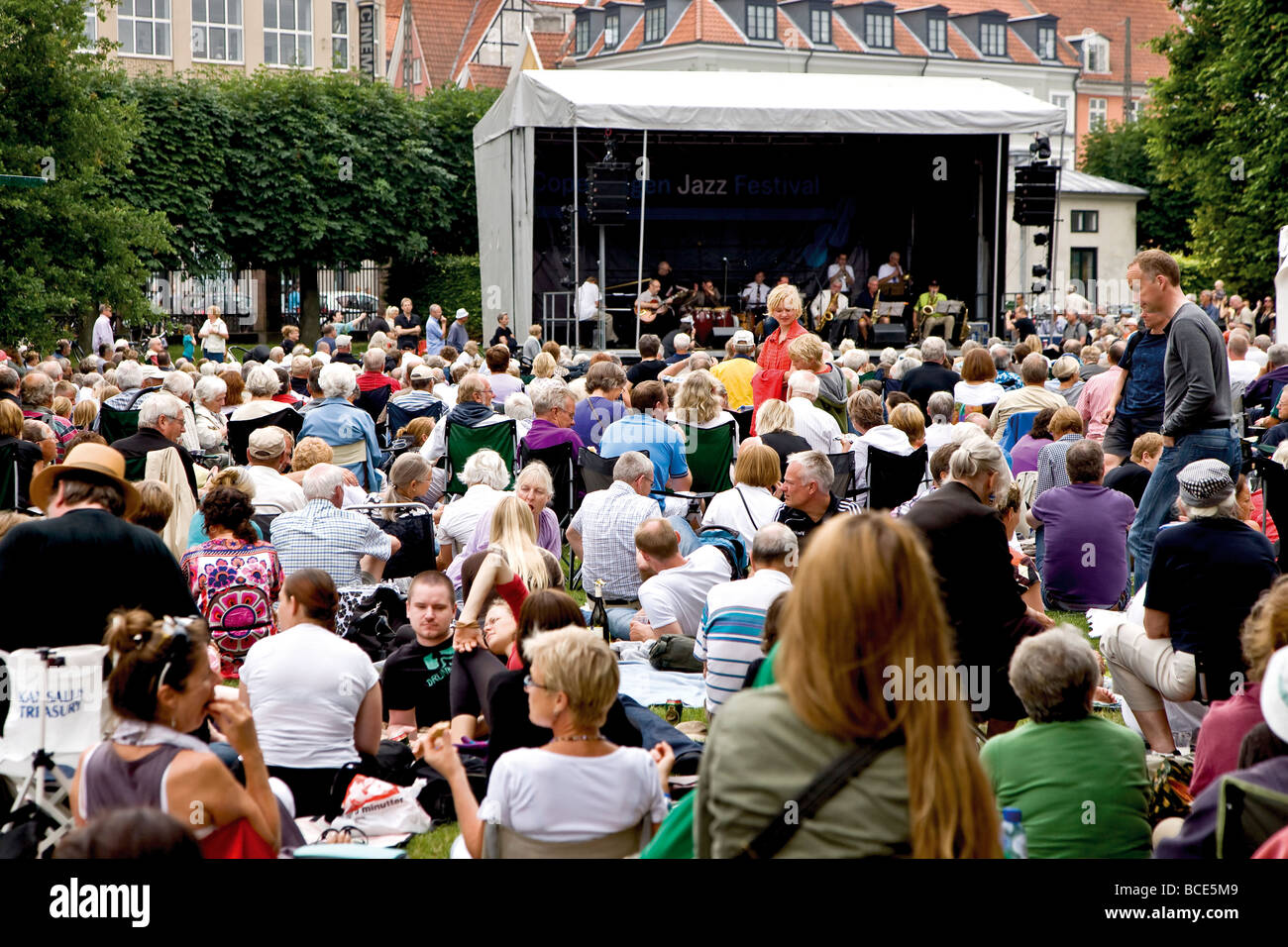 Large audience enjoing Niels Jorgen Steens The A-Team orchestra playing at Copenhagen Jazz Festival - Stock Image