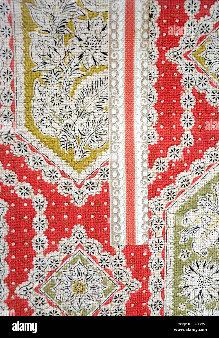 Detail of a sample of wallpaper  and border from a 1958 wallpaper catalogue. - Stock Image