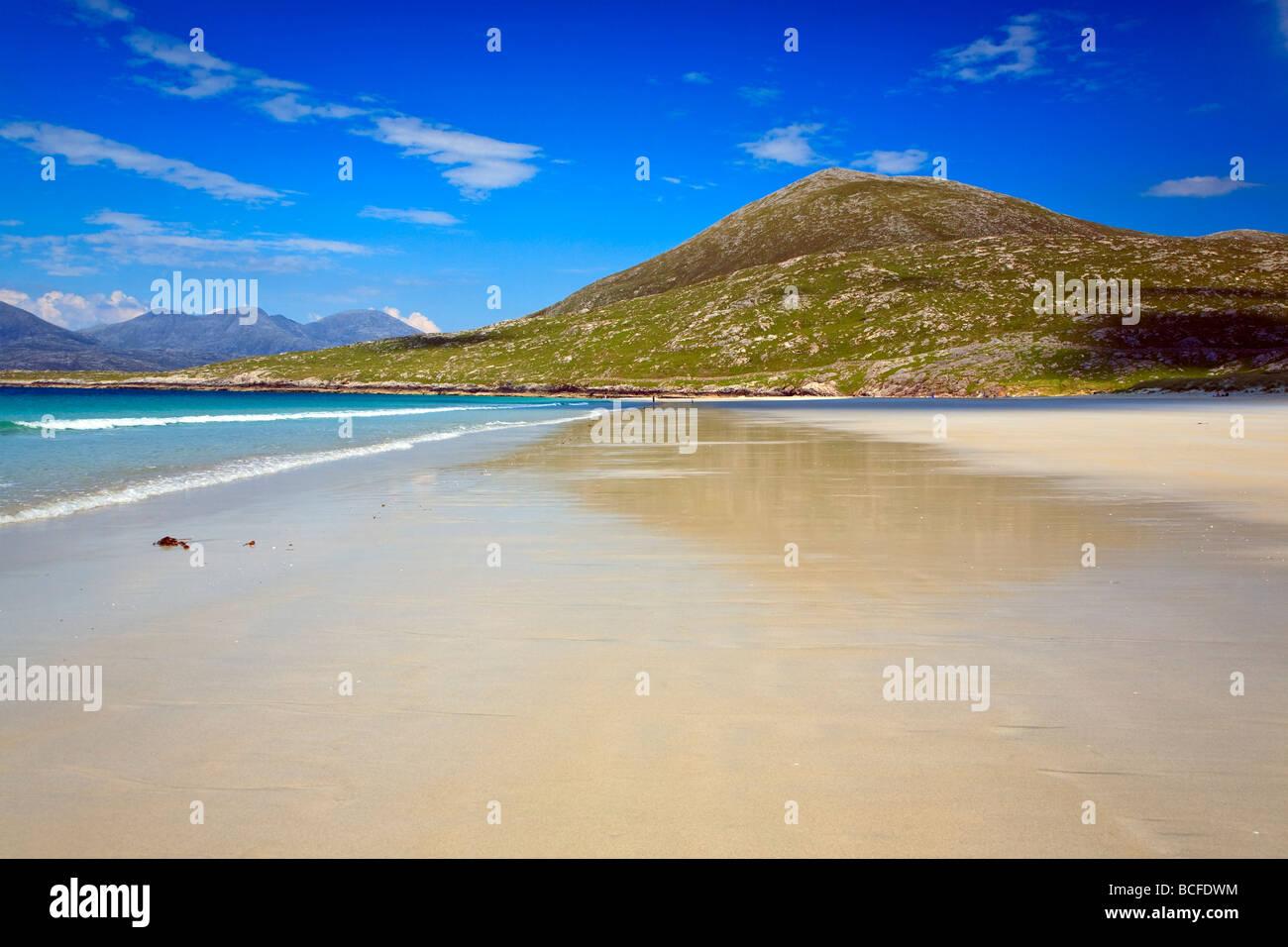 Sandy beach near Luskentyre Isle of Harris, Outer Hebrides, western isles, Scotland, UK 2009 - Stock Image