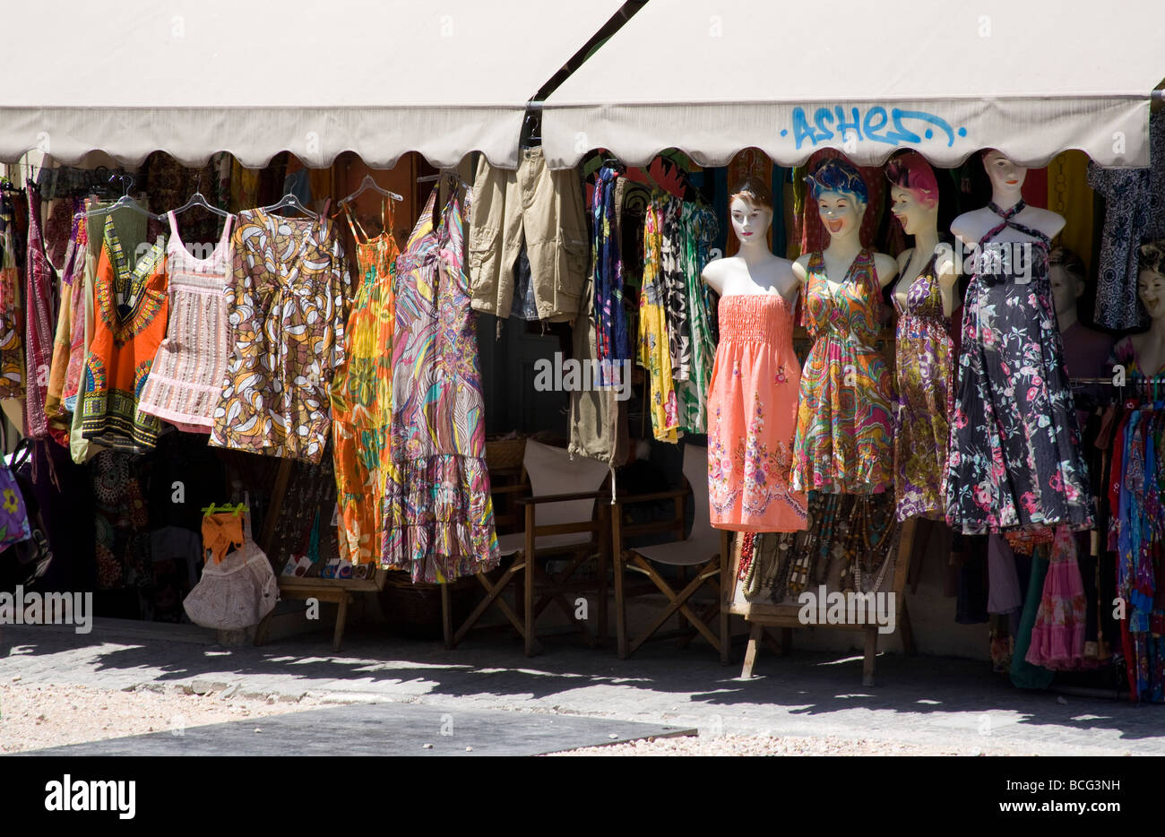 Shop Selling Scarves And Clothes For Tourists In Plaka Athens Stock