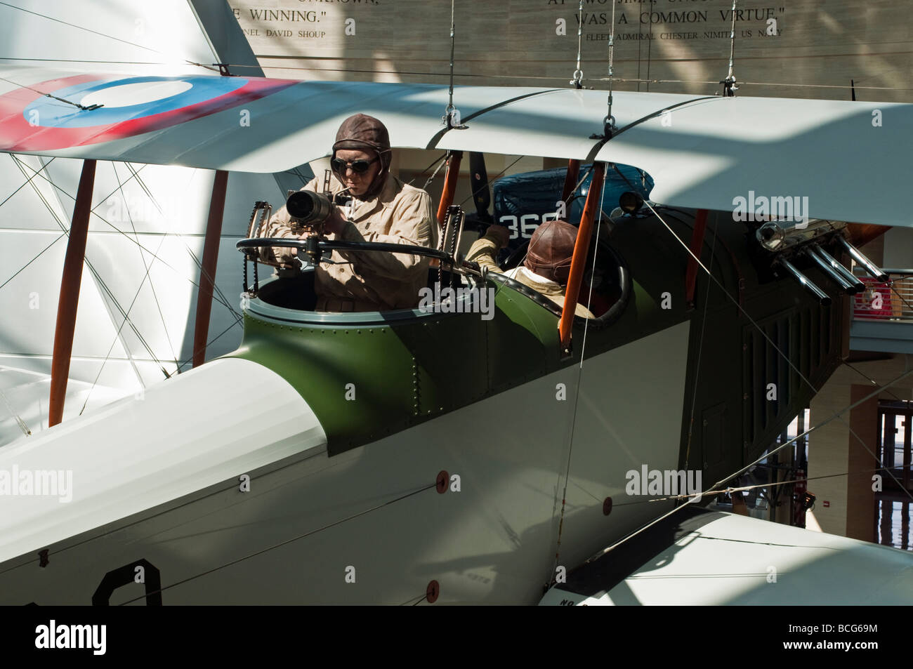 Life-like figures, (manikins) in a Curtiss Jenny bi-plane United States Marine Corps Museum in Quantico Virginia - Stock Image