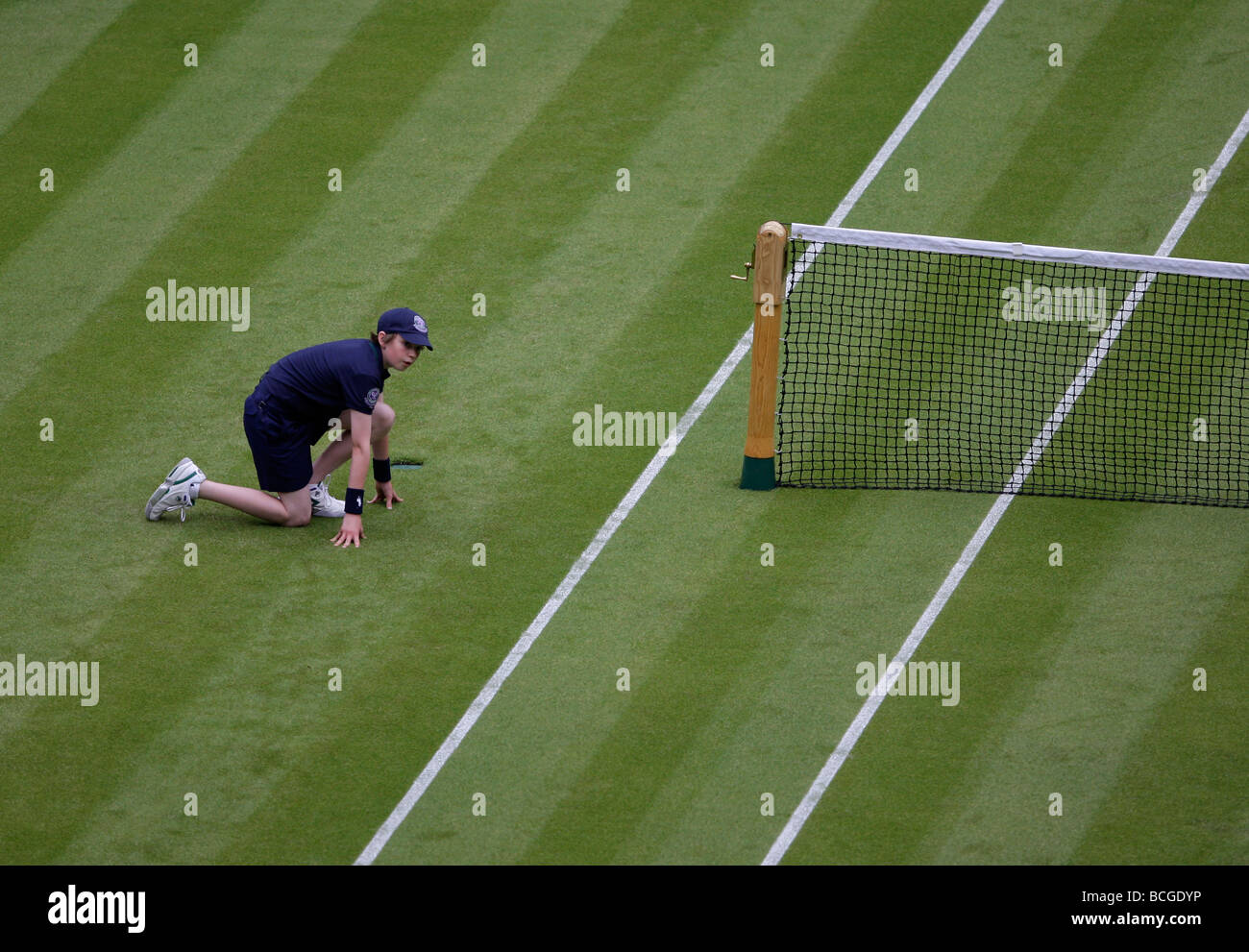 Wimbledon Championships 2009, high view of a ballboy on the  Centre Court - Stock Image