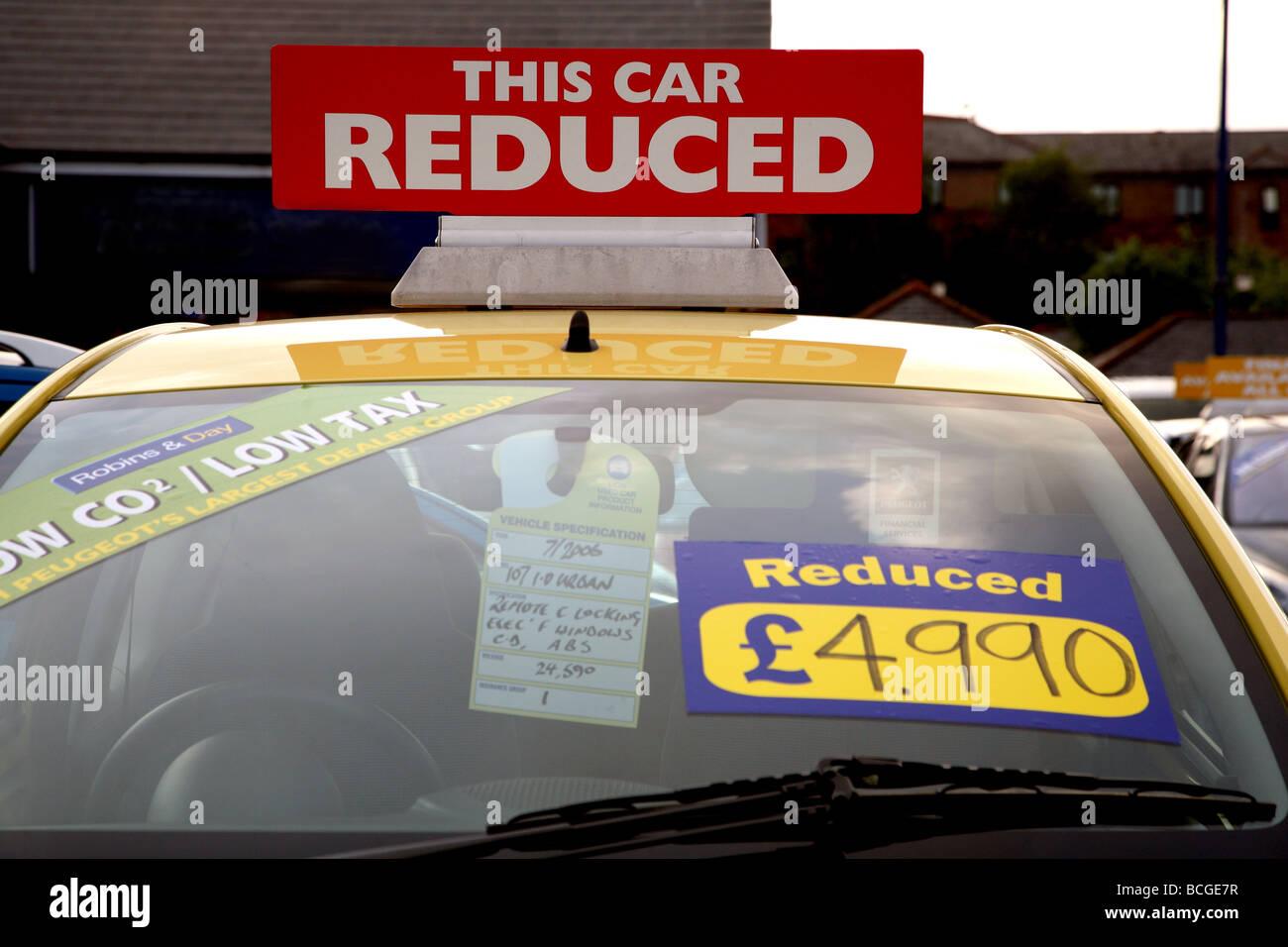 Bristol car dealer reduces prices to combat sales slump - Stock Image