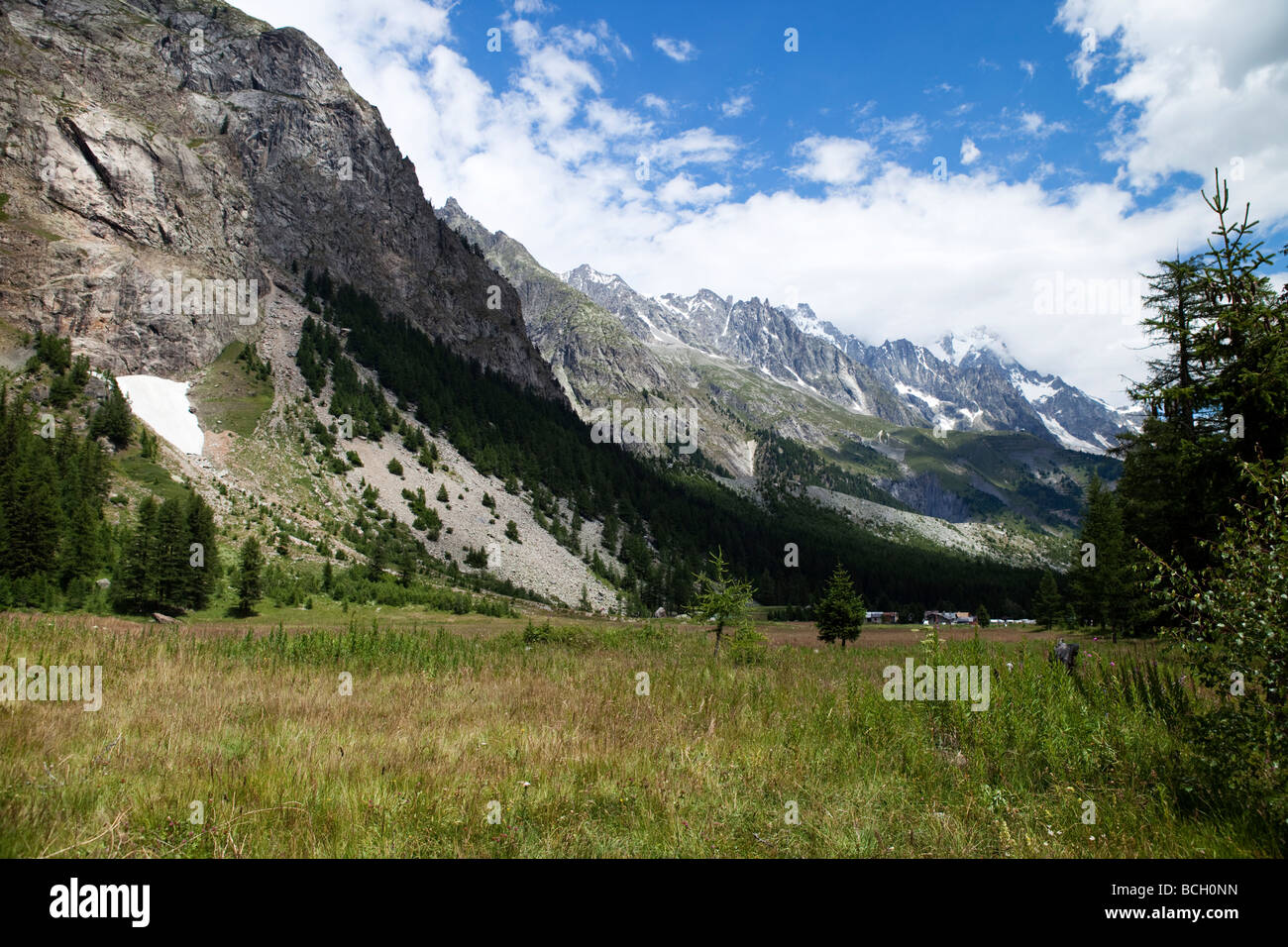 Monte Bianco, Val Veny, Valle d'Aosta, Italy. Alpine valley - Stock Image