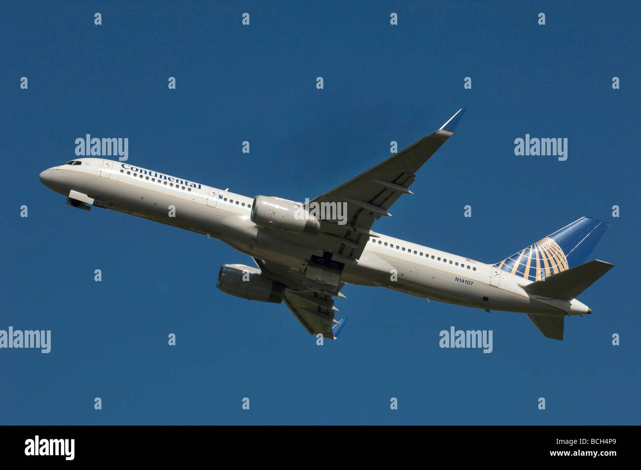 A Continental Airlines Boeing 757 Jet Airplane - Stock Image
