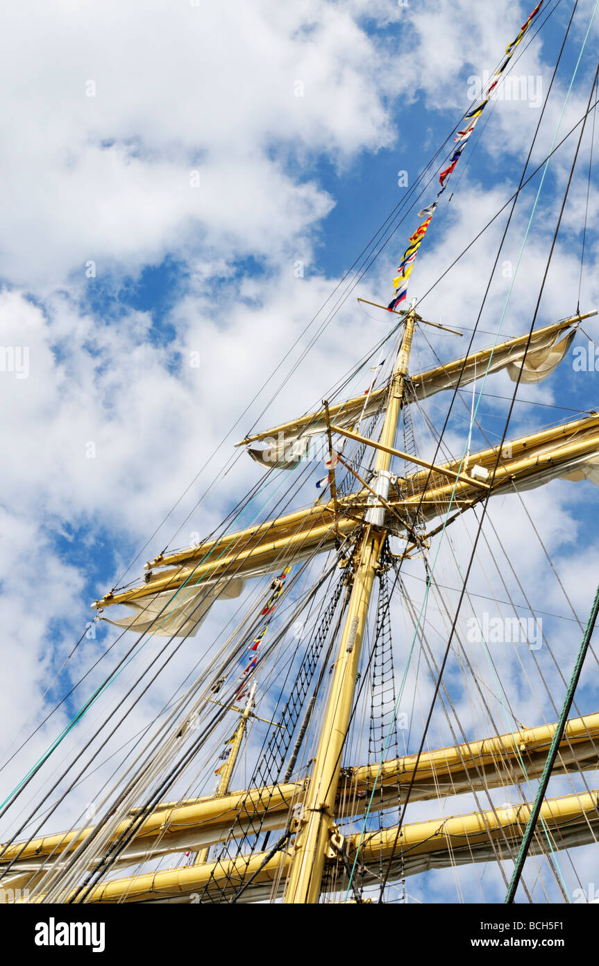 One of the masts and rigging of the russian tall ship Kruzenshtern - Stock Image