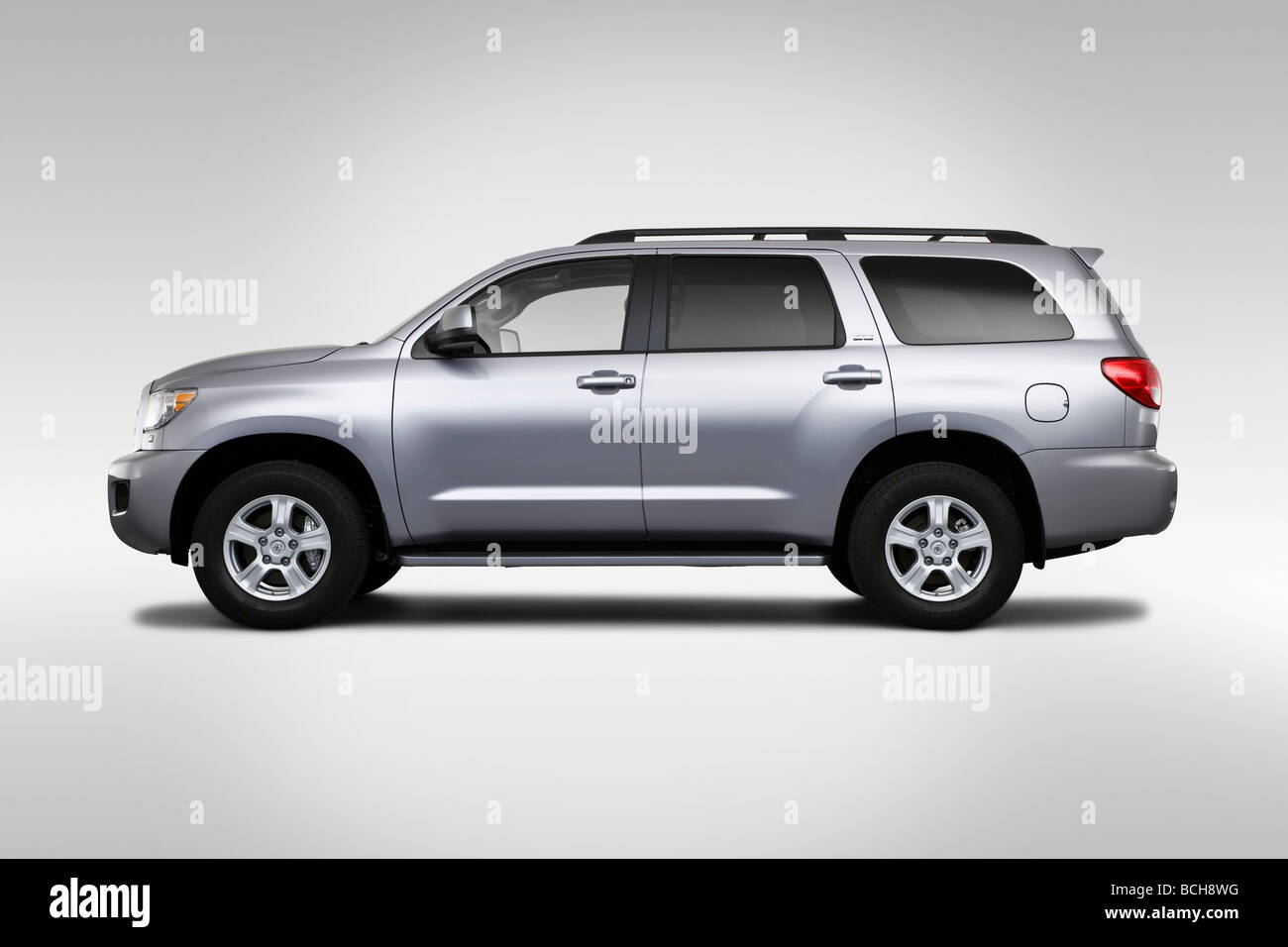 2010 toyota sequoia sr5 in silver drivers side profile stock photo 24966412 alamy. Black Bedroom Furniture Sets. Home Design Ideas