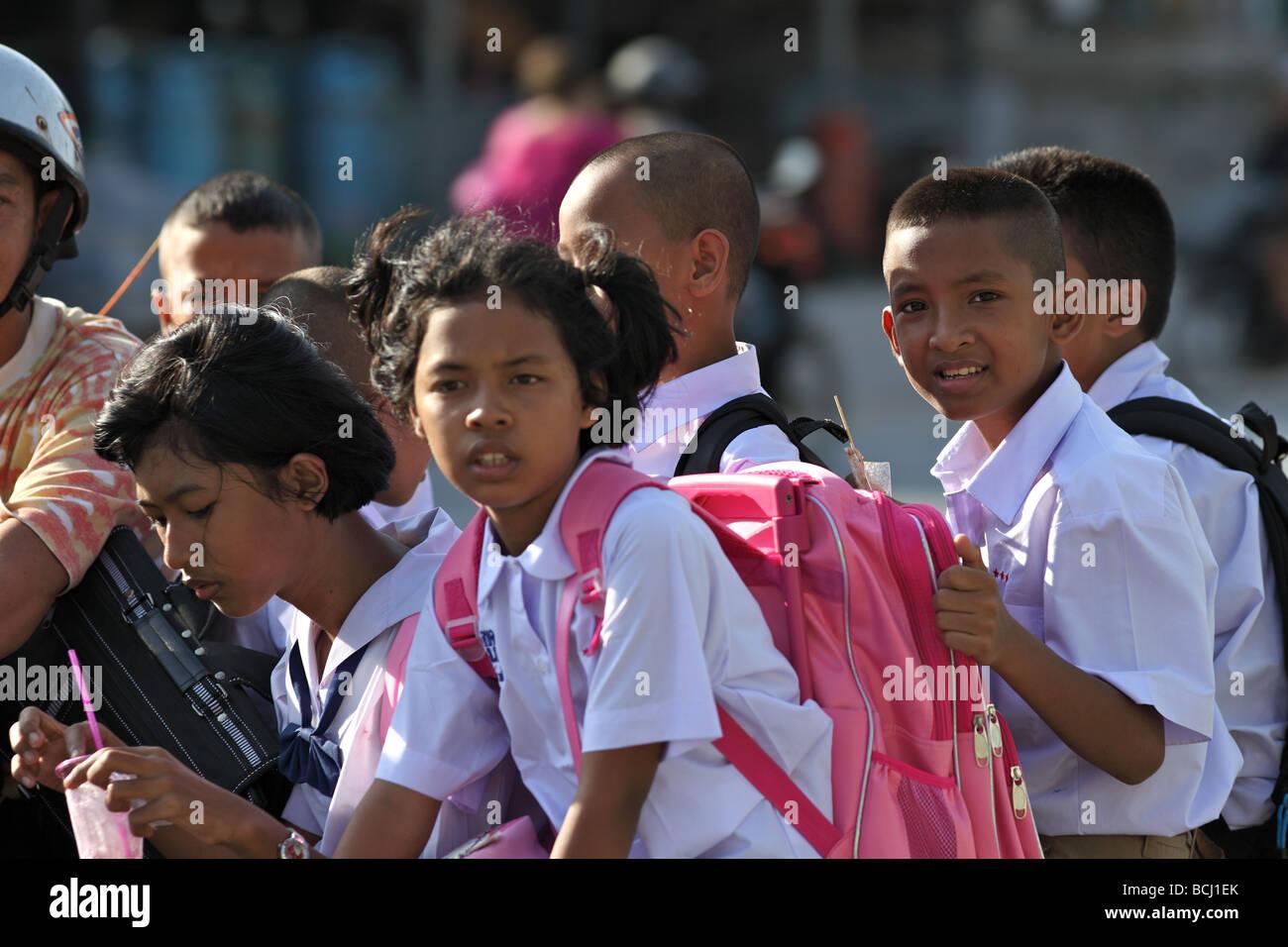 School run Thai style - Stock Image