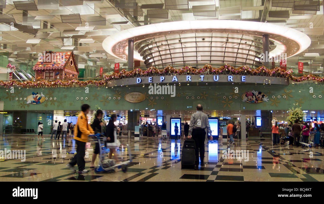 terminal-three-departure-hall-interior-s