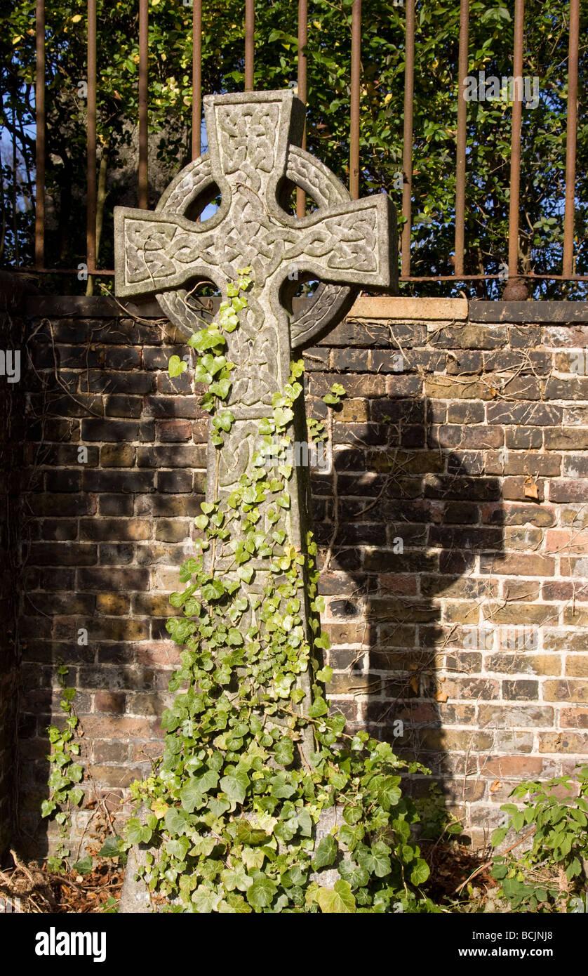 Highgate Cemetery, London, England - Stock Image