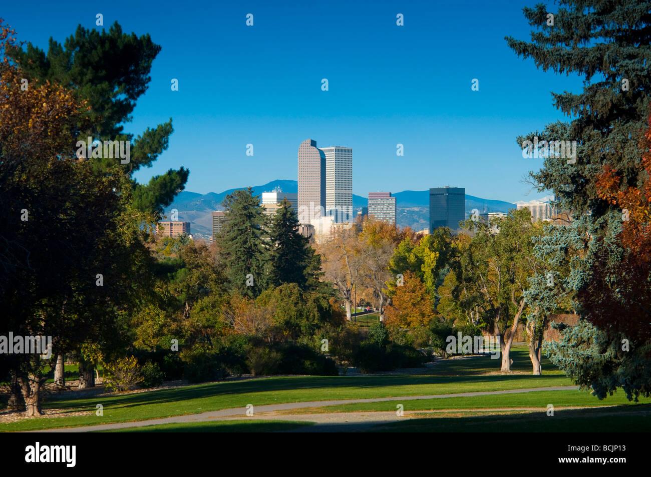 USA, Colorado, Denver, Skyline across the Denver City Park - Stock Image