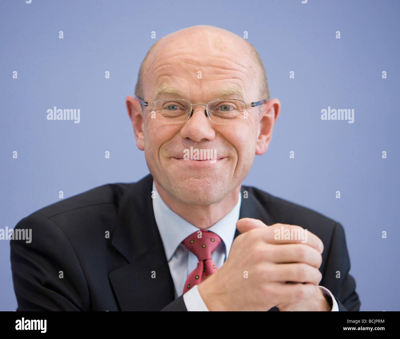 Thoams STEG deputy government spokesman - Stock Image