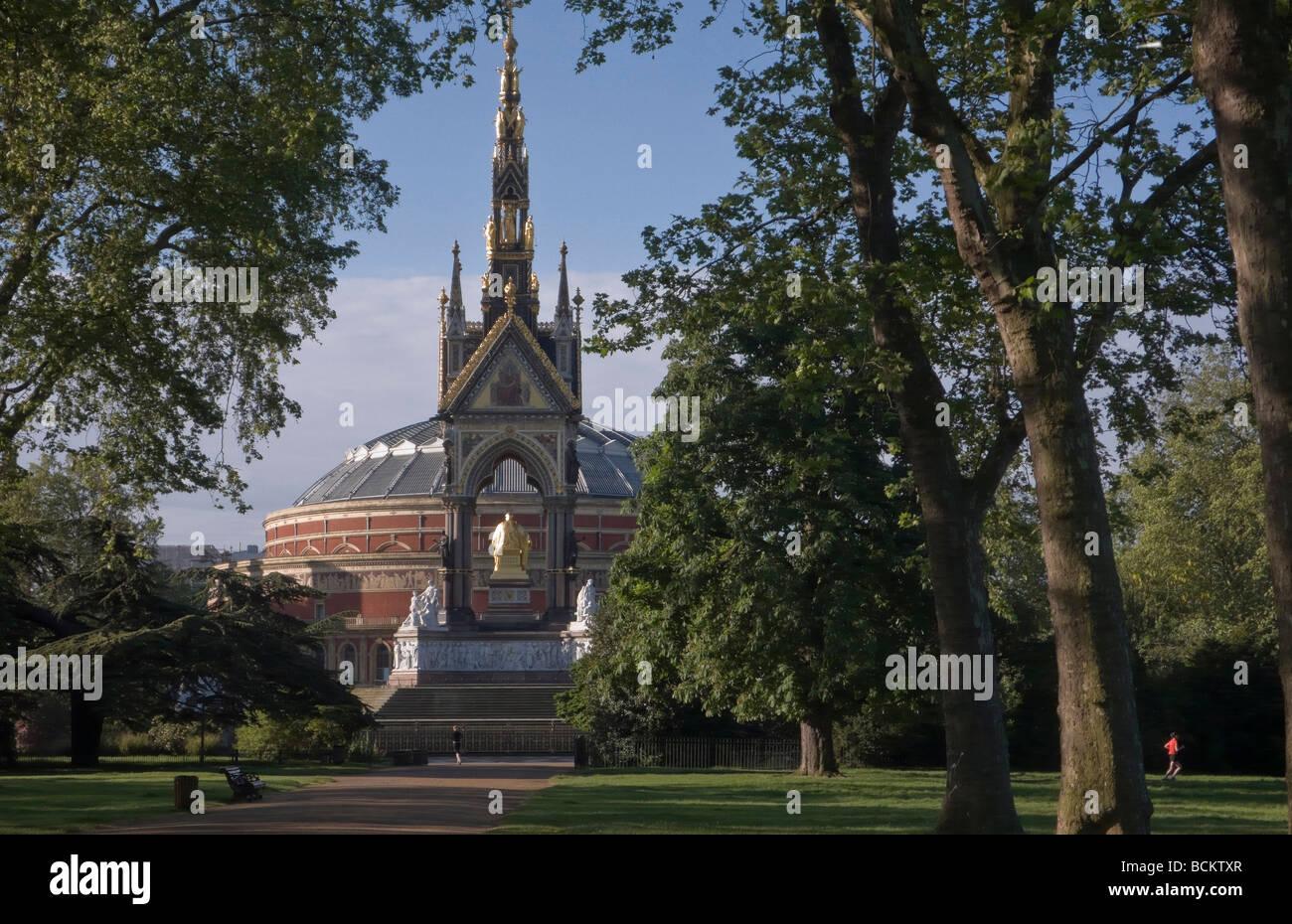 The Albert Memorial, and the Albert Hall, Kensington Gardens - Stock Image
