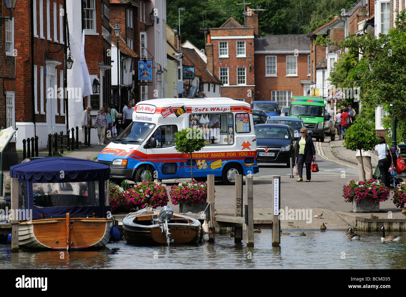 a86adb7c4e Ice Cream van parked on the riverside at Henley on Thames Oxfordshire  England UK - Stock