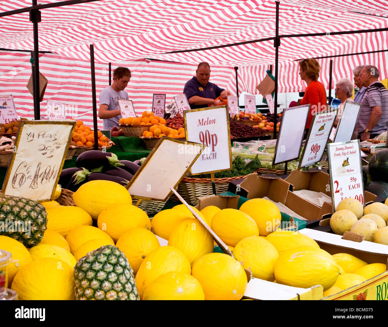 A fruit stall at the Thursday famer s market in the typical English market town of Devizes Wiltshire England UK - Stock Image
