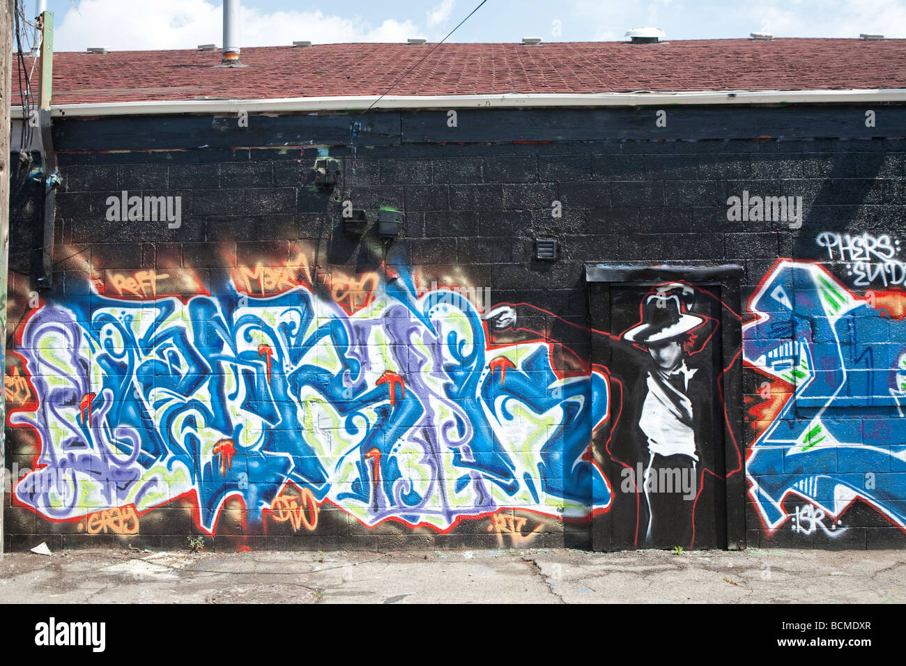 Michael Jackson Graffiti in Detroit Alley - Stock Image