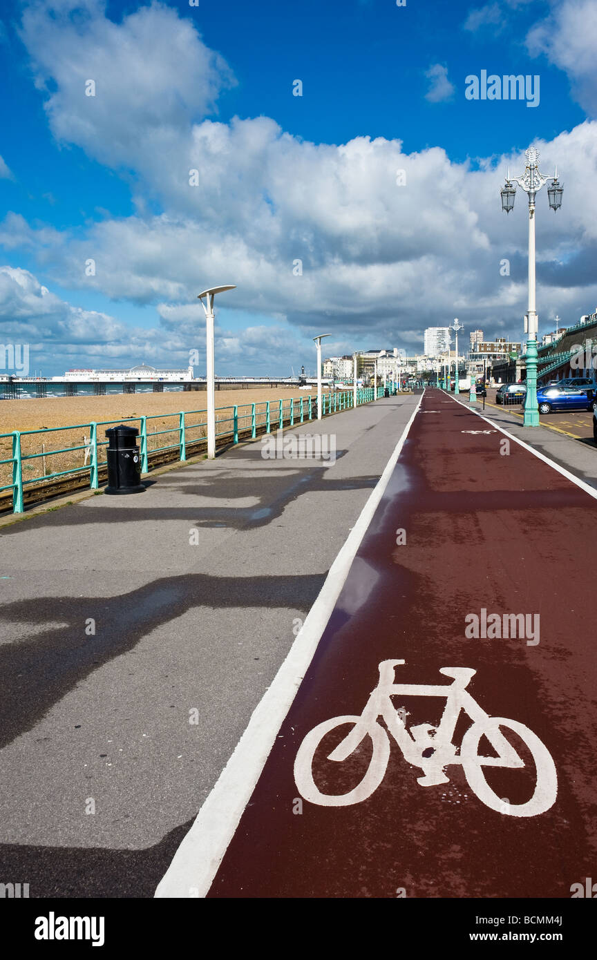 The cycle lane on Brighton seafront in Sussex. - Stock Image