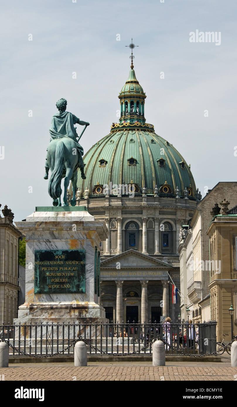 Equestrian Statue of King Frederick V and Frederikskirken - Stock Image