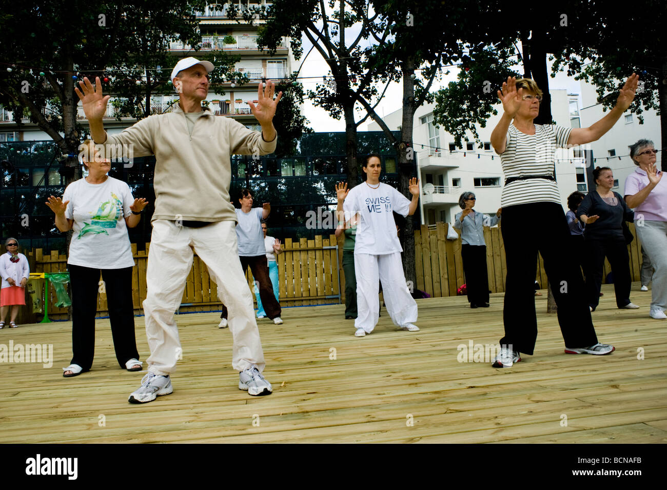 Paris France, Public Events, Senior Adults Practicing Tai Chi at 'Paris Plages' Summer Street Festival, - Stock Image