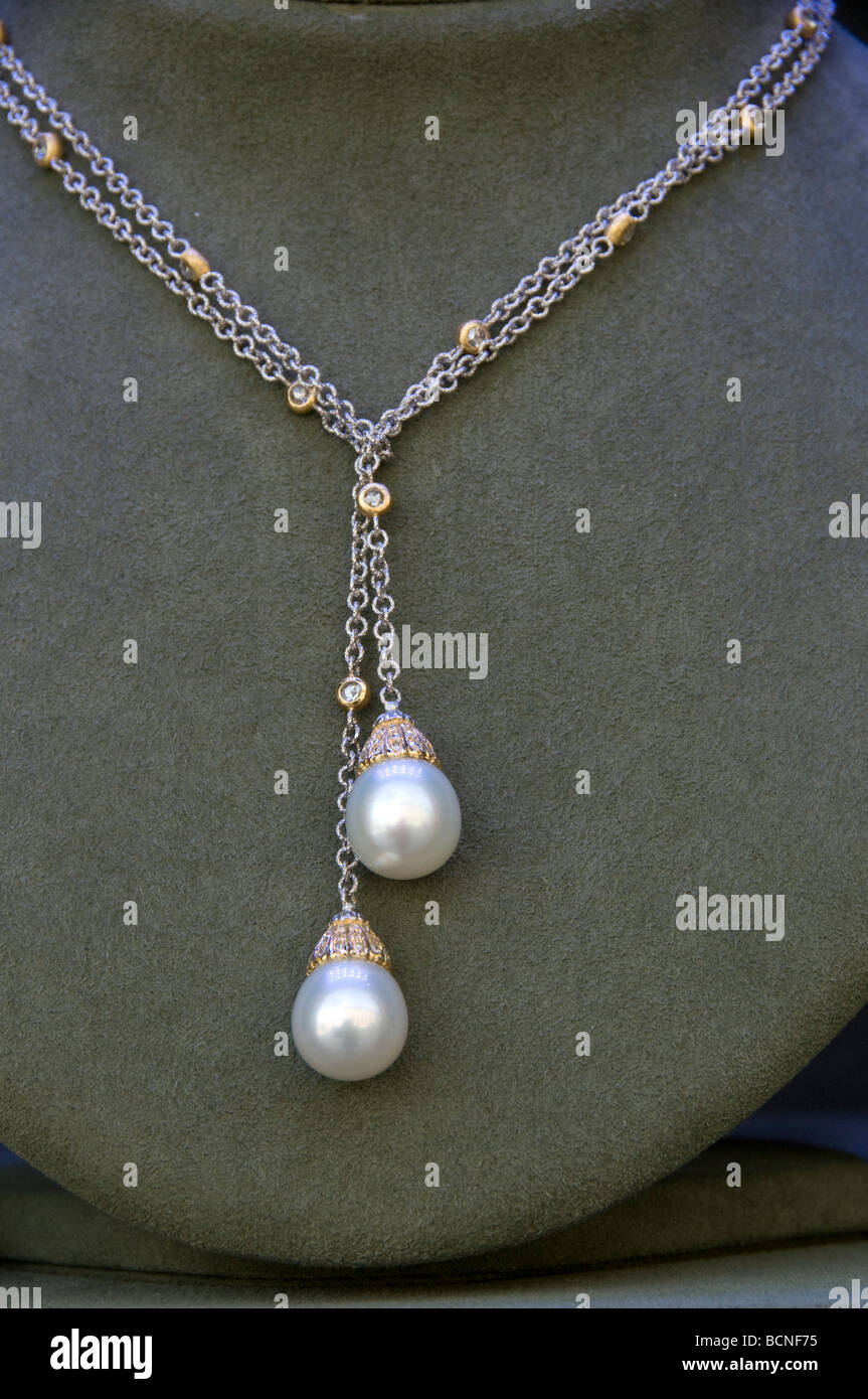 Buccellati Place Vendome Paris Juwel Juweler pearl - Stock Image