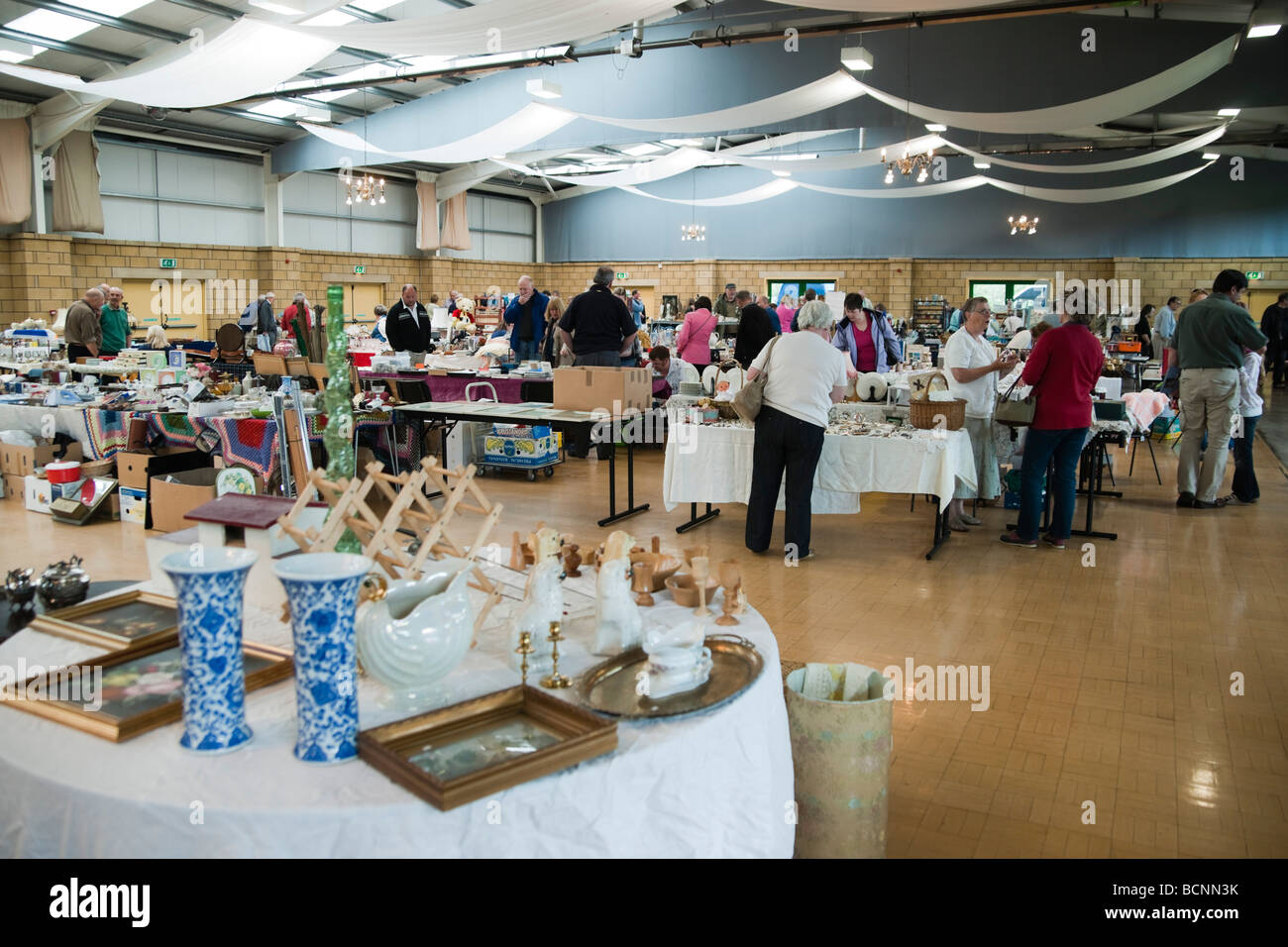 Kelso Antiques fair in Union showground building - Stock Image