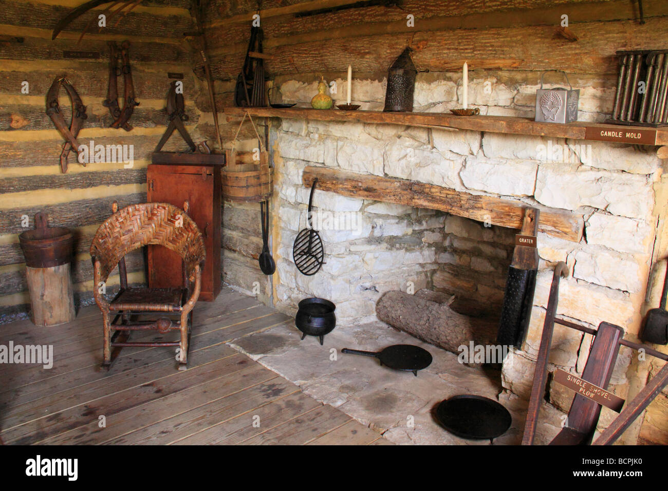 Interior of log cabin at Old Fort Harrod State Park Harrodsburg Kentucky - Stock Image