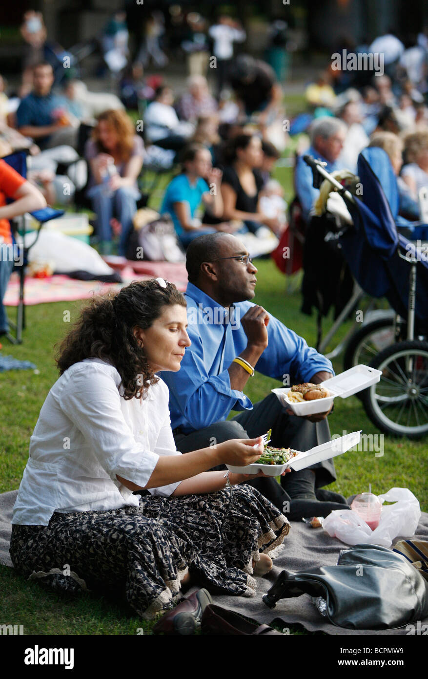 Concert audience at the Hatch Shell on the Esplande, Boston - Stock Image