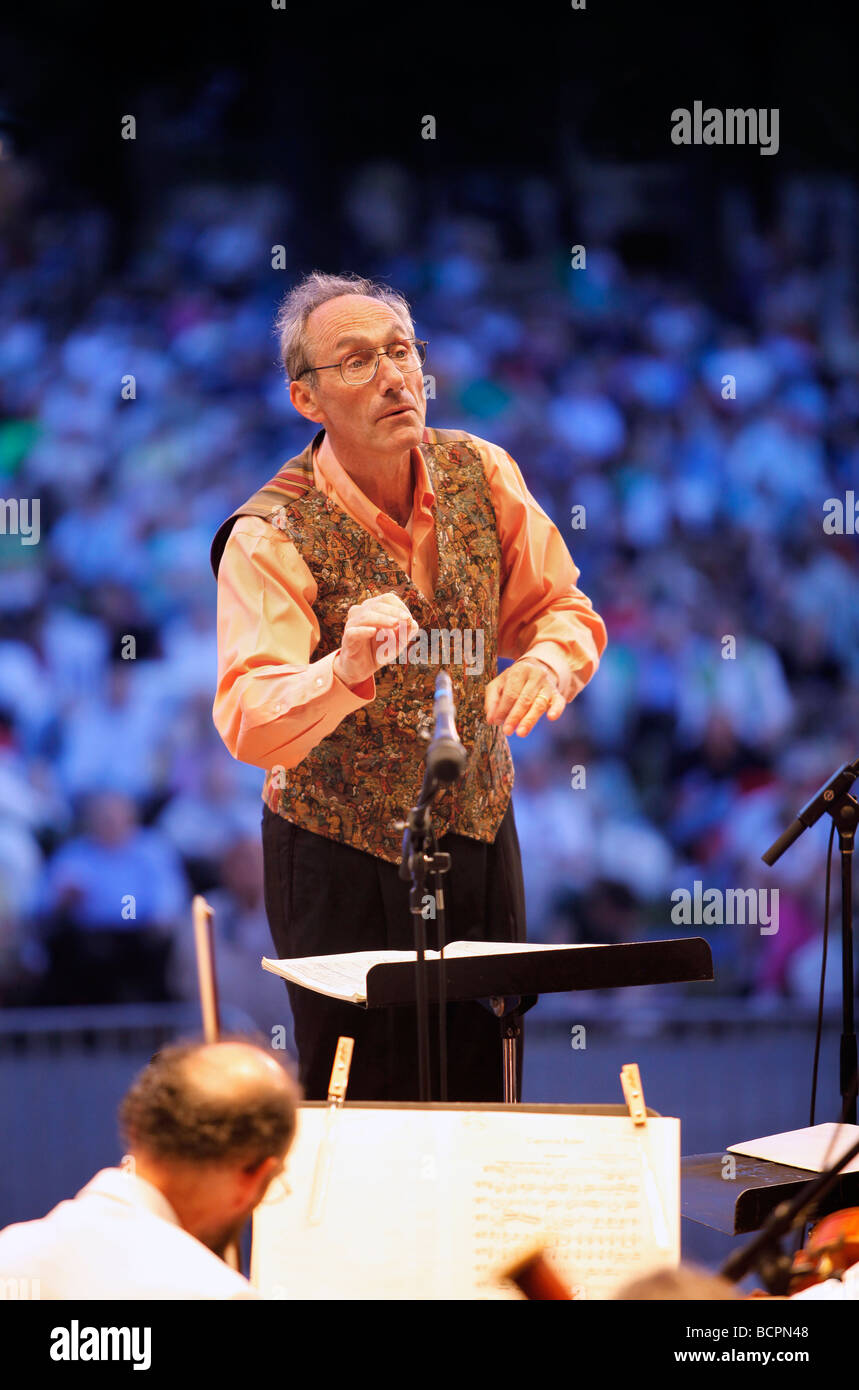 Concuctor Charles Ansbacher, Boston Landmarks Orchestra - Stock Image