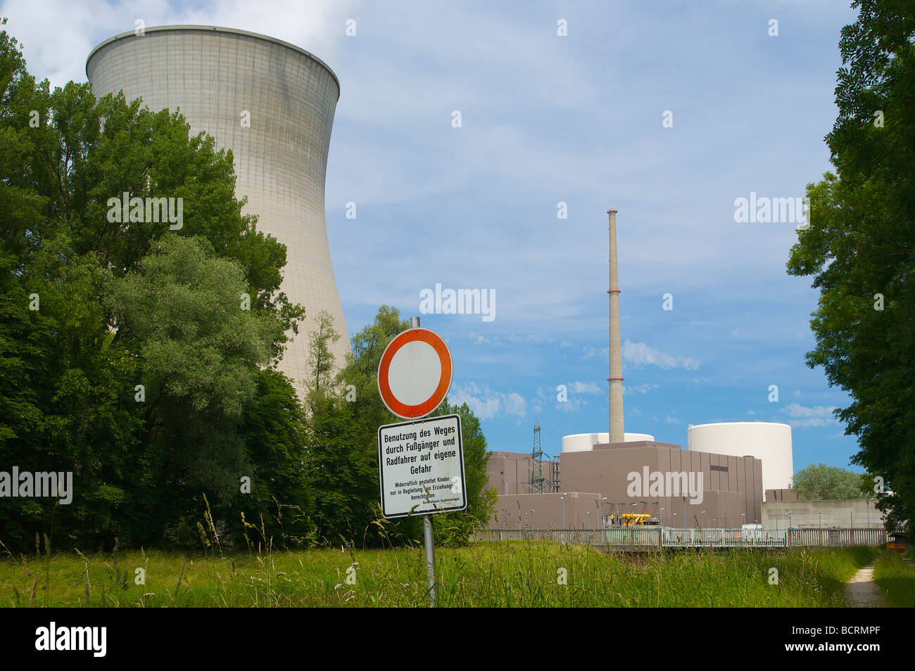 Gundremmingen nuclear power plant in Bavaria, Germany. Stop sign: Pedestrians and cyclists may use this path on - Stock Image