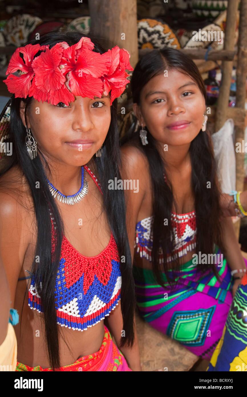 panama-teenage-girls-girl