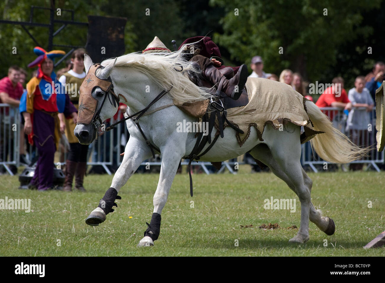 Unmounted Thrown Arab Knight Joust Medieval Horse Lambeth Country Stock Photo Alamy