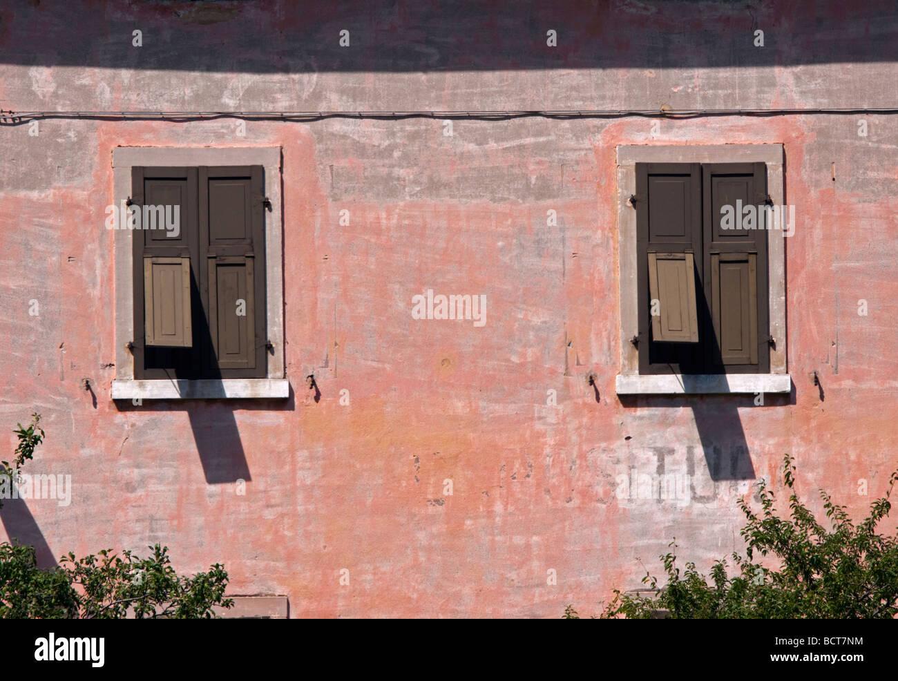 Pink Shutters Terracotta Stock Photos & Pink Shutters Terracotta ...