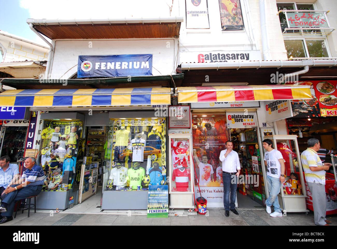 Clothes Shop Istanbul Turkey Stock Photos & Clothes Shop Istanbul
