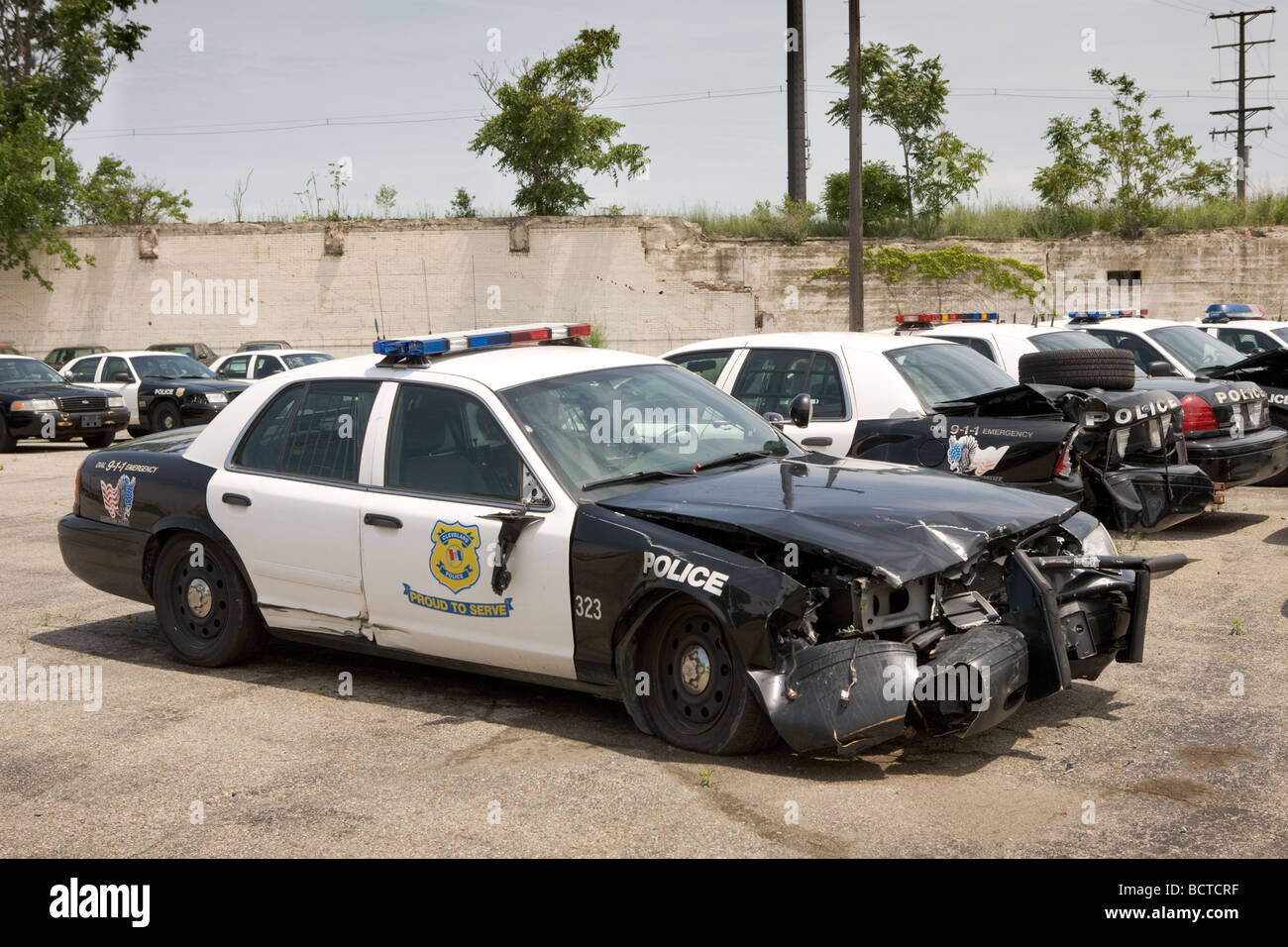 Wrecked police cars Cleveland Ohio Stock Photo: 25123155 - Alamy