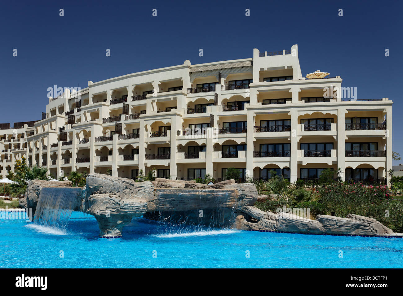 Waterfall, pool, Steigenberger Al Dau Beach Resort, Hurhada, Egypt, Red Sea, Africa - Stock Image