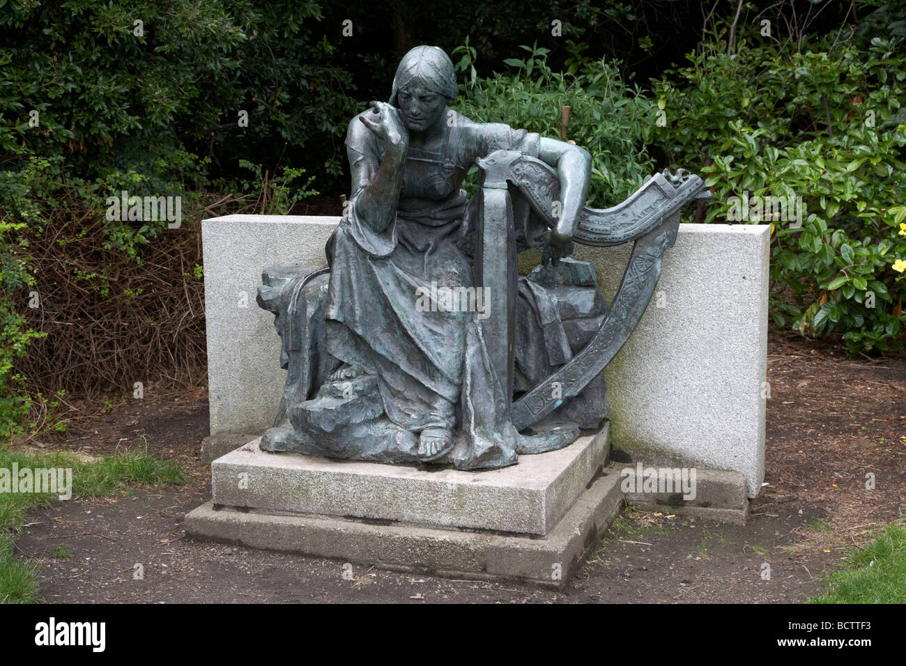 eire statue in archbishop ryan park merrion square dublin republic of ireland - Stock Image