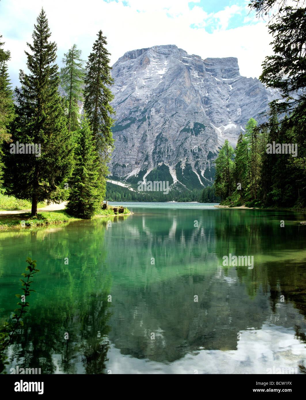 Pragser Wildsee lake, Seekofel mountain, Pragser Dolomites, South Tyrol, Italy, Europe Stock Photo