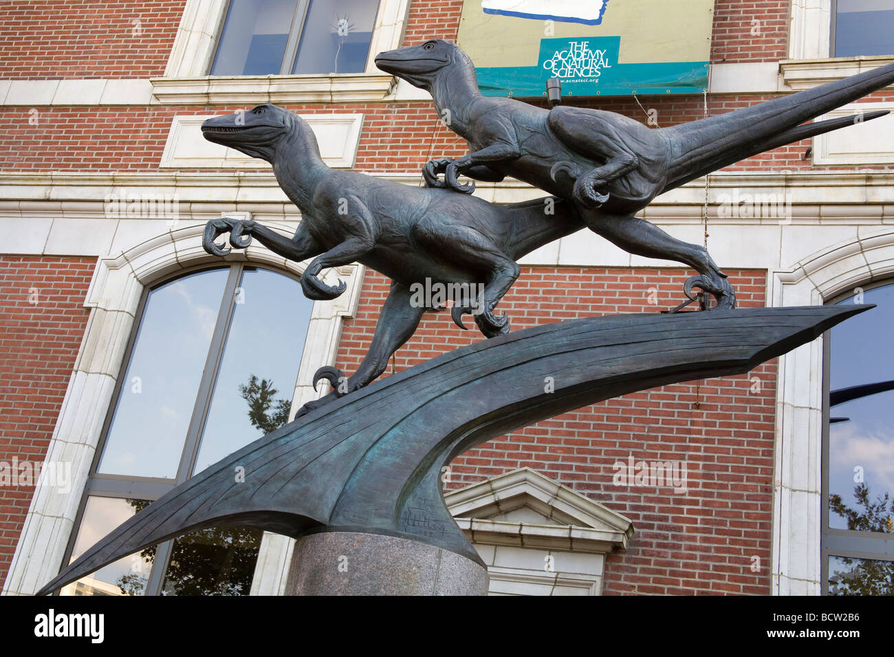 Deinonychus in a museum, Academy Of Natural Sciences, Logan Square, Philadelphia, Pennsylvania, USA - Stock Image