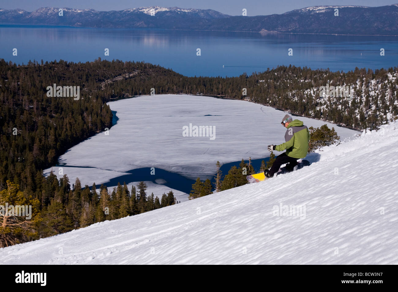 Man snowboarding, Lake Tahoe, California, USA Stock Photo