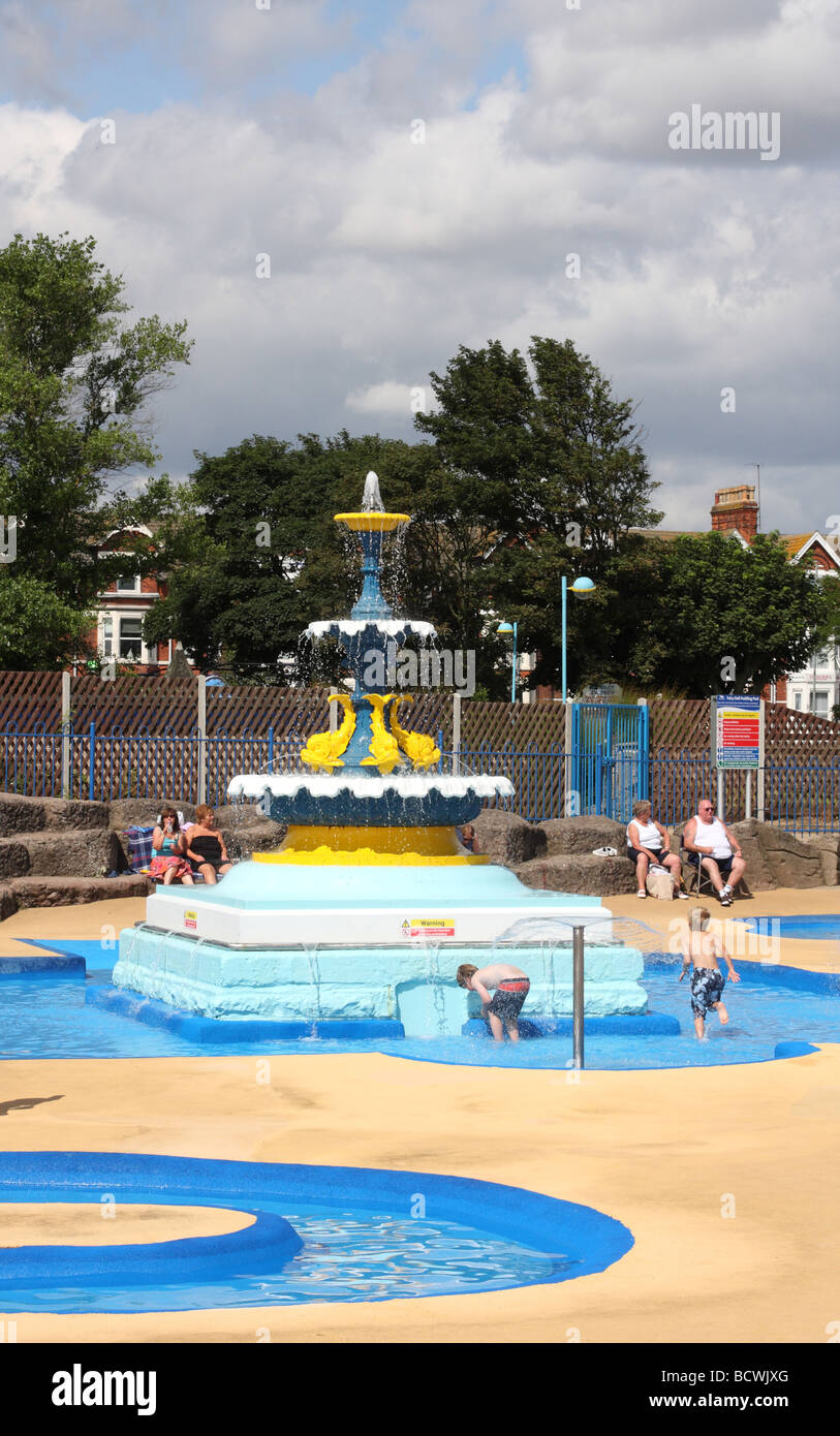 Children In A Paddling Pool At Skegness Lincolnshire England U K Stock Photo 25149896 Alamy