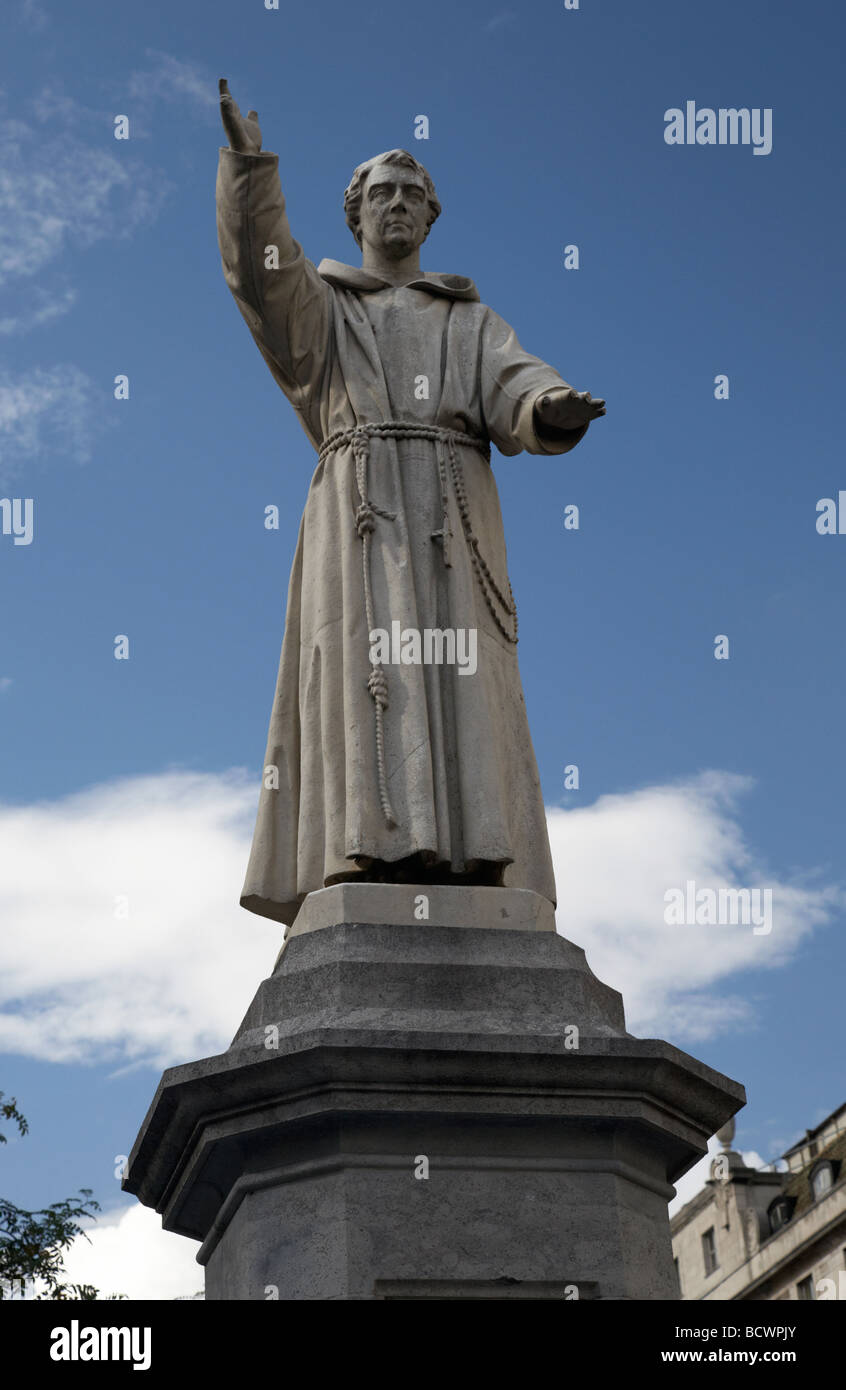 statue of capuchin temperance priest father theobald mathew in oconnell street dublin republic of ireland - Stock Image