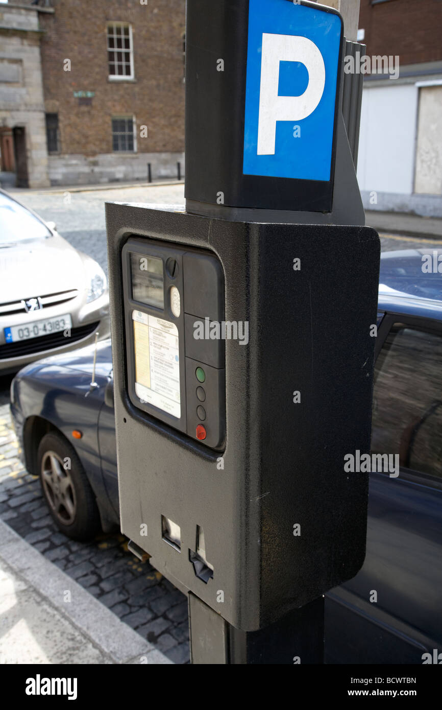 pay and display parking ticket machine in dublin city centre republic of ireland - Stock Image