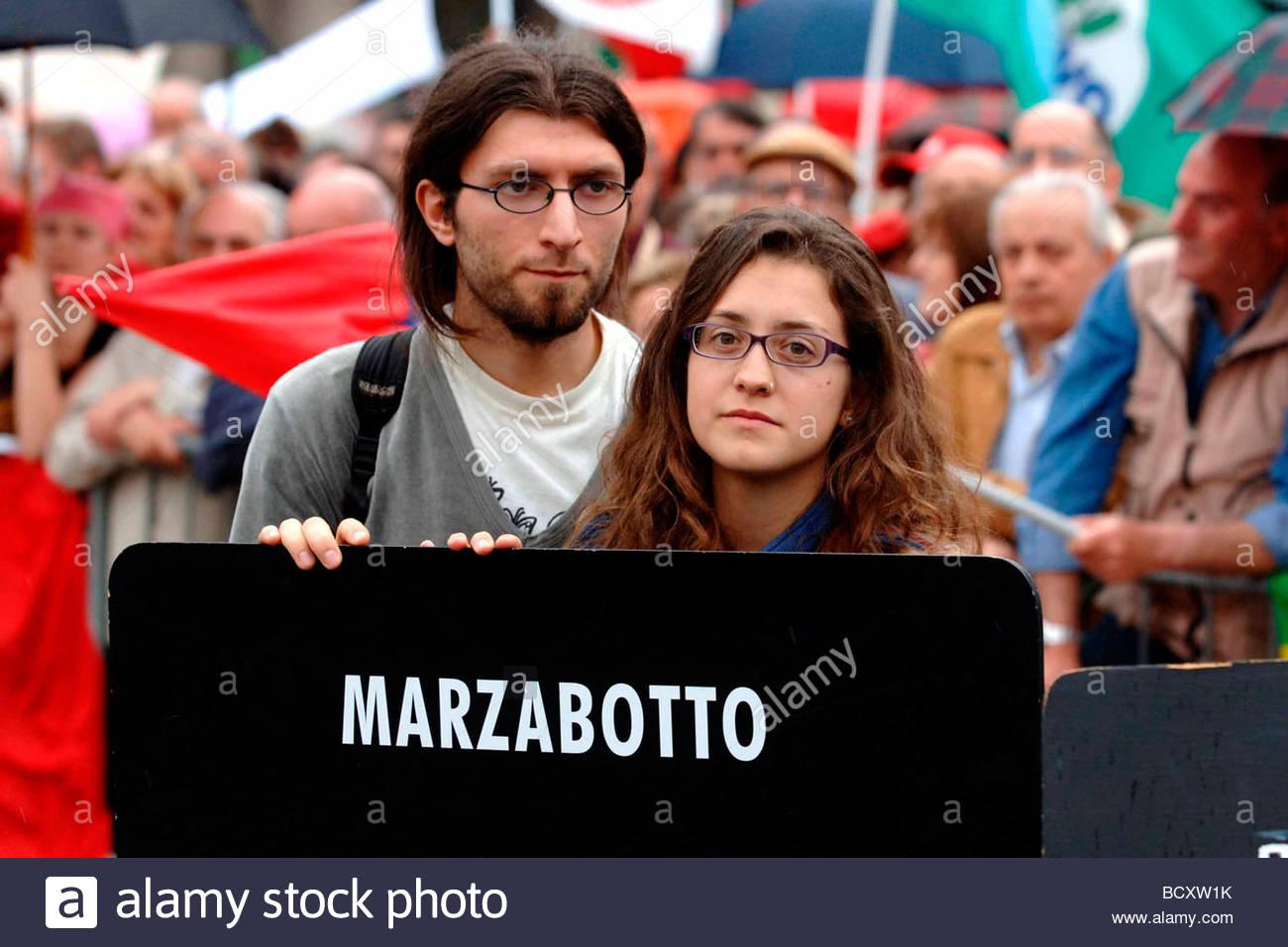 milan, 25 april demonstration Stock Photo