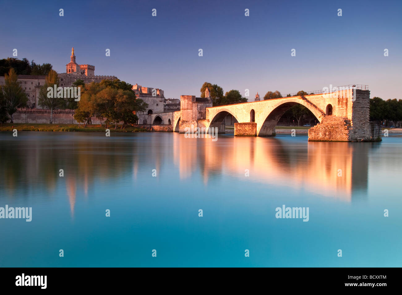 Pont St. Benezet over River Rhone with Palais des Papes, Avignon France - Stock Image