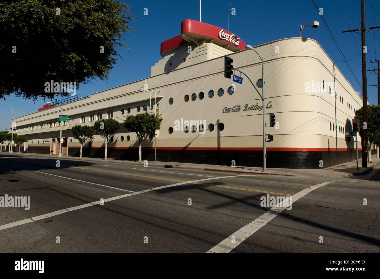 Streamline Moderne Architecture Stock Photos & Streamline Moderne ...