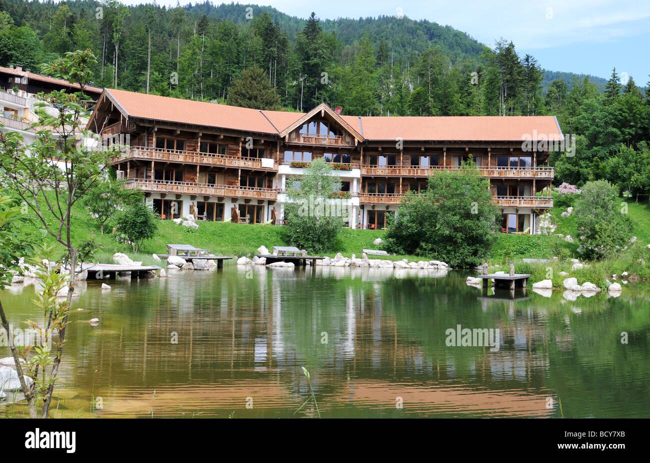 Hotel feuriger Tatzelwurm - Stock Image