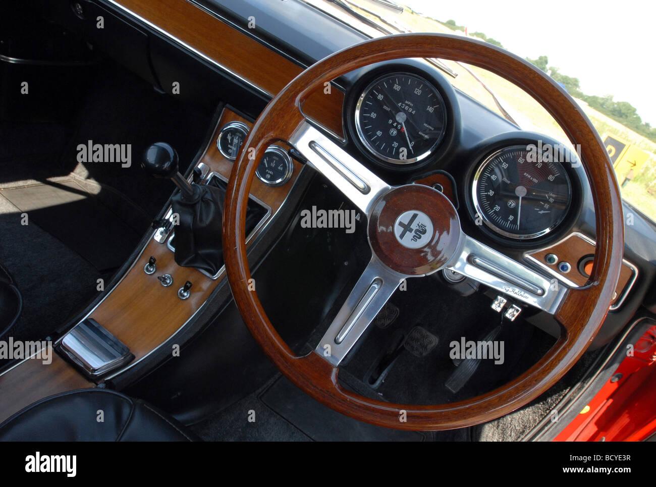alfa romeo gtv 1750 coupe classic red italian sports car interior stock photo 25190027 alamy. Black Bedroom Furniture Sets. Home Design Ideas