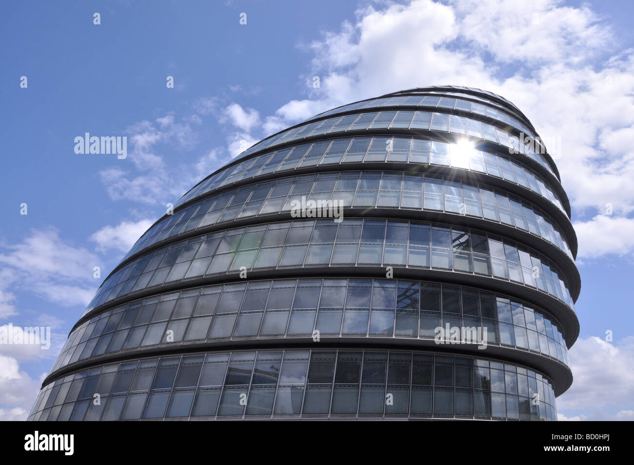 City Hall Greater London Authority GLA blue sky South Bank - Stock Image
